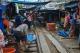 ตลาดร่มหุบ (ตลาดเสี่ยงตาย)